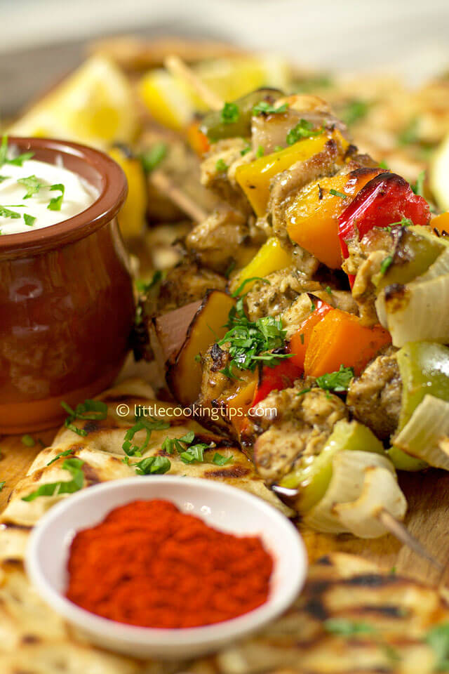 Little Cooking Tips - Greek Chicken Skewers with Garlicky Yogurt Sauce