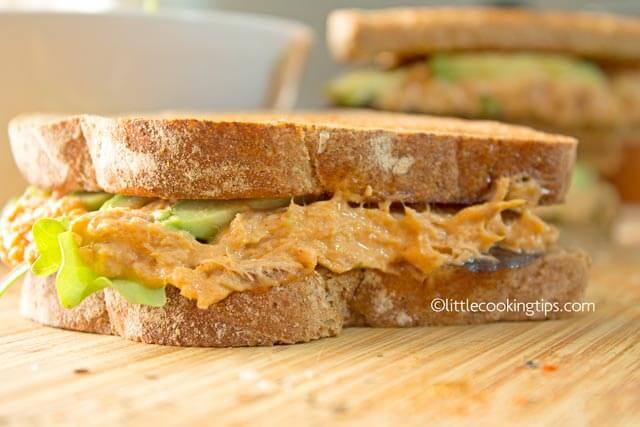 Limited time? Make these easy, healthy avocado tuna sandwiches!