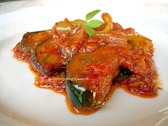 Eggplants and peppers with basil