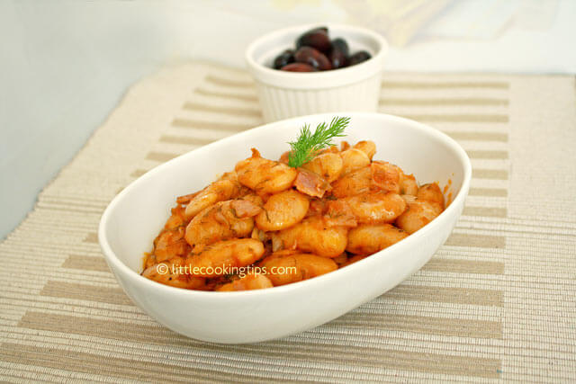 Large_oven_baked_beans(gigandes_plaki)