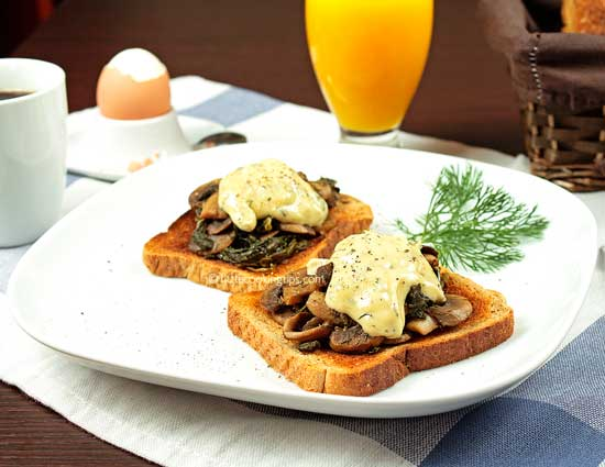 Open faced Spinach and Mushroom Sandwiches