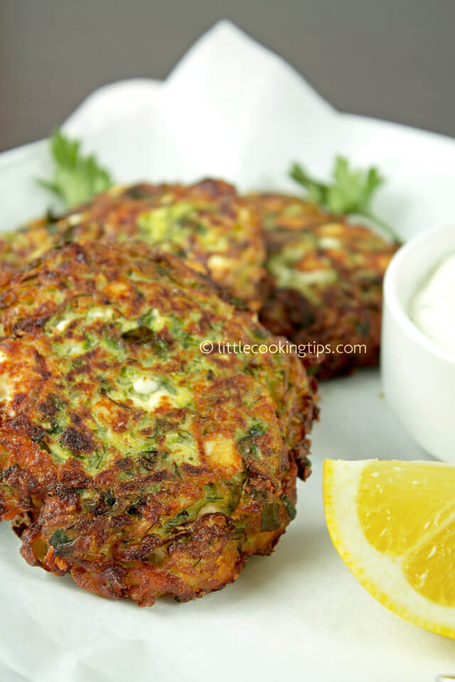 Greek zucchini and feta fritters (Kolokythokeftedes): The ultimate ...