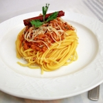 A divine Spaghetti with Ground Beef (in Bolognese style sauce)